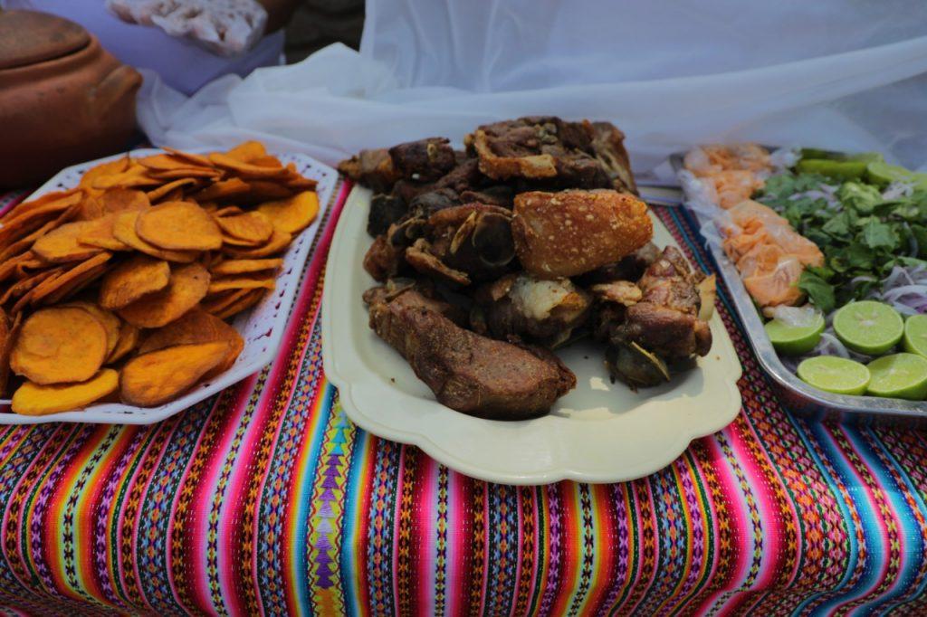 chicharrón de cerdo peruano